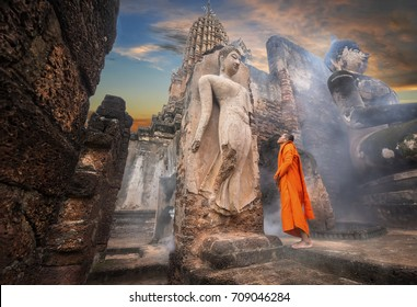 Buddhas and clergy, on important days of Buddhism,Wat Phra Sri Rattana mahathat  temple in Sukhothai of  thailand.26/8/2017