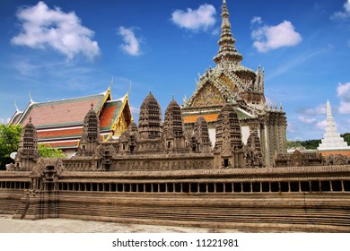 Buddhism religion in the architectural monument
