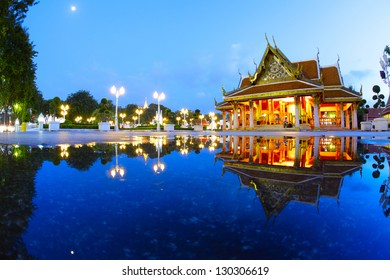 Buddhist Marble temple ( Benchamabophit) at twilight