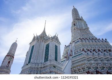 Buddhist temple (Wat Arun) in Bangkok, Thailand