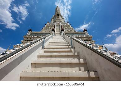 Buddhist Temple Wat Arun, in Bangkok, Thailand.