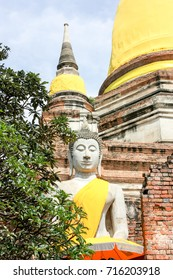 budha and temple