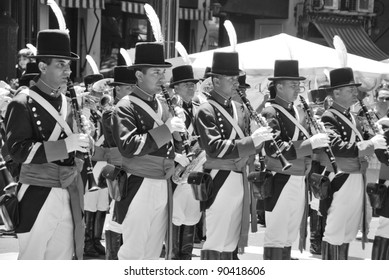 BUENOS AREAS ARGENTINE NOVEMBER 17: Young unidentified men in soldier costume parade for the commemoration of the Italian immigrant arriving in Argentina on November 17 2011 Buenos Areas, Argentina
