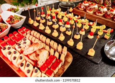 Buffet with sweets. Sweet table for banquets, weddings, parties