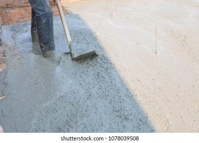Builder, fine cement floor