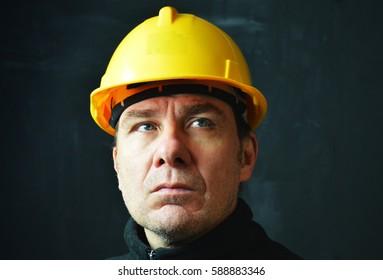 Builder in hardhat