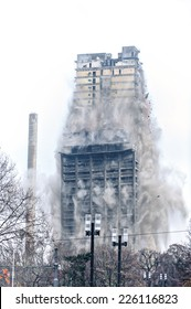 Building demolition by implosion