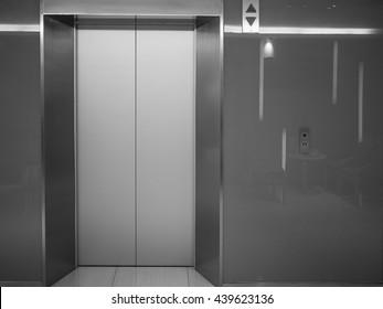 building elevator doors