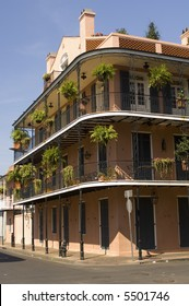 Building with ironwork balcony - French Quarter - New Orleans, LA