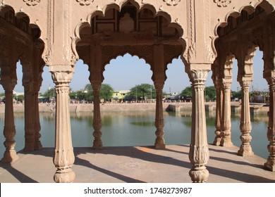 Building of Kusum Sarovar in Mathura, India