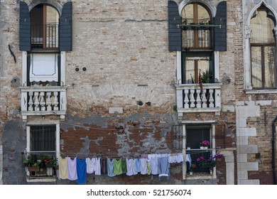 Building with laundry in Venice