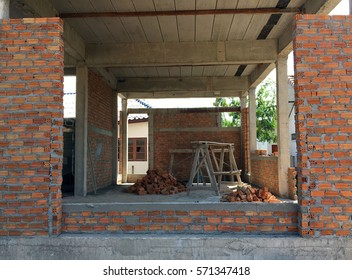 Building new house from brick