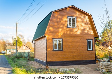 building of a new russian wooden dacha