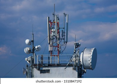 building with radio antenna for transmitting signal