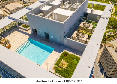 Building rooftop swimming pool