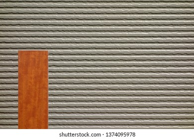 Building of siding outer wall and wood