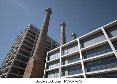 Building of the three chimneys