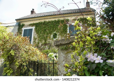 Buildings in Auvers on the Oise