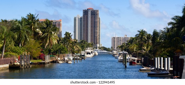 Buildings and boats in Fort Lauderdale