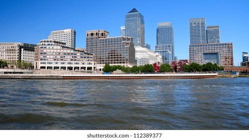 Buildings at Canary Wharf London, uk