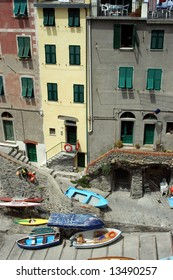 buildings from up high cinque terra