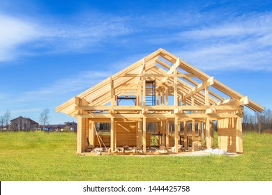 Built a cottage on the site. Construction site. Project of the home from a bar. Remodeling of the cottage. The house wooden base. Building of houses under the key. Production of wooden houses.
