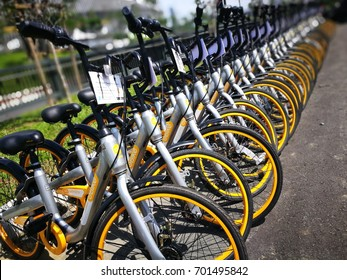 Bukit Jalil, MALAYSIA - AUGUST 22: oBike bikes are placed in line on August 22, 2017 in Bukit Jalil Stadium. oBike is a stationless bicycle-sharing system with built-in lock and GPS system.