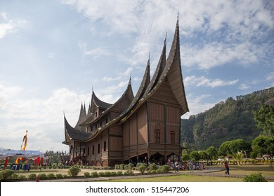BUKITTINGGI, INDONESIA, AUGUST 6, 2016: side view of Pagaruyung royal palace with unidentified tourists at West sumatra Indonesia on August, 2016