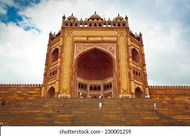 Buland Darwaza, the 54 meters high entrance to Fatehpur Sikri complex, Uttar Pradesh, India