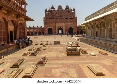 Buland Darwaza, main entrance to Fatehpur Sikri