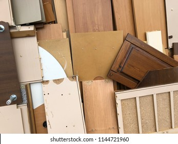 Bulky waste on the house wall