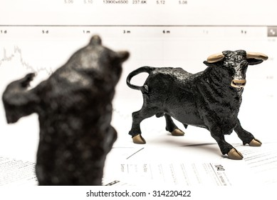 Bull Vs Bear stock market concept