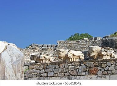 Bulls heads. Ephesus ruins. Ancient Greek city on the coast of Ionia near Selcuk. Izmir province. Turkey. Asia Minor