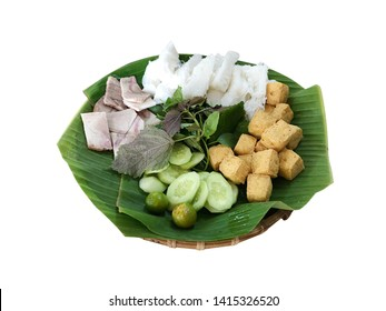 Bun Dau Mam Tom - Fermented Shrimp Paste Sauce w/ Fried Tofu and Rice Vermicelli