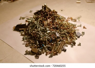 A bunch of fasteners.