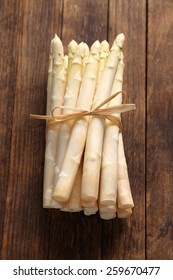 bunch of white asparagus, spargel