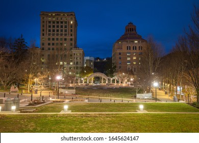 Buncombe County Courthouse and City Hall buildings in Asheville. Asheville, North Carolina, USA.