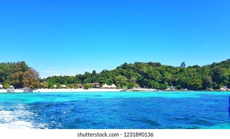 Bundhaya Beach, Koh Lipe. Beautiful beach with clear water.