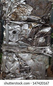 Bundled metal bale for recycling vertical