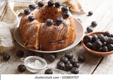 bundt cake on a wooden background