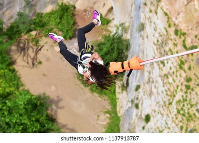 Bungee jumps as extreme and fun sport