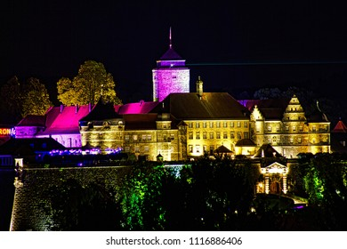Burg (rosenberg), tower, Light event for well-being, discovery, amazement.At nightfall Kronach begins to glowEnlightened facades of houses and art works of art light up the city in a new, informal lig