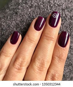 Burgundy Nails Images Stock Photos Vectors Shutterstock