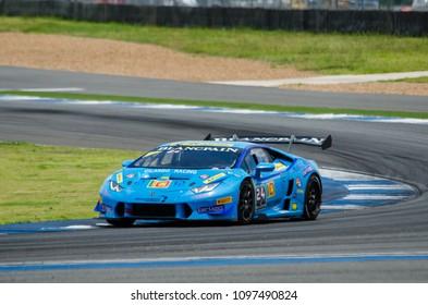 BURIRAM - THAILAND 24 : Lamborghini Super Trofeo Asia on display Buriram Super Race 2016 at Chang International Racing Circuit on July 24, 2016, Buriram, Thailand.