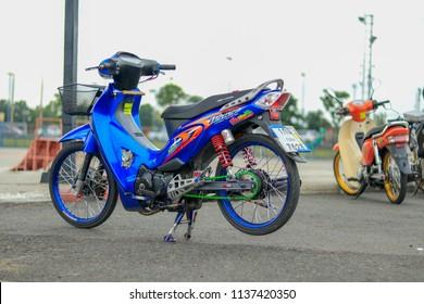Honda Wave 125 Images Stock Photos Vectors Shutterstock