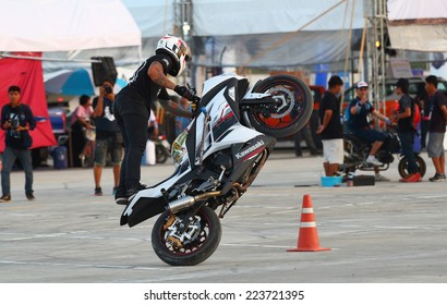 Buriram THAILAND - October 4: Motorcycle Show Extreme Sports in Super GT race car 2014 at Chang International Circuit in Buriram United, on October 4-5, 2014 at the Buriram,Thailand.