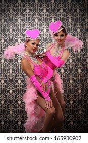 Burlesque dancer 2 girls