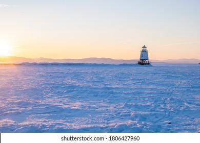 Le brise-lames du Vermont de Burlington en hiver