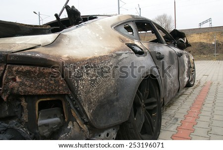 Burn sport car right