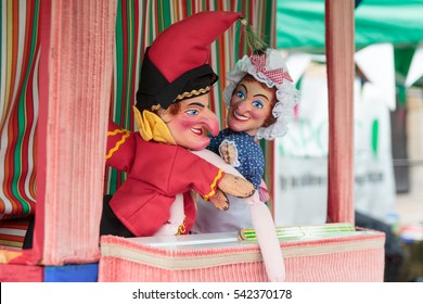 Burnley, Lancashire, 27/08/2016 Vintage entertainment with a funny punch and judy show